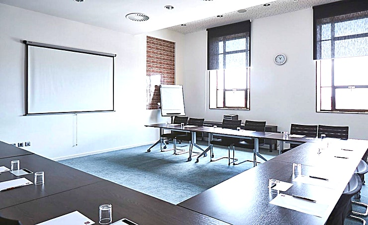 Lewis's **Lewis's at Adagio Liverpool City Centre is a state-of-the-art meeting room for hire in Liverpool.**