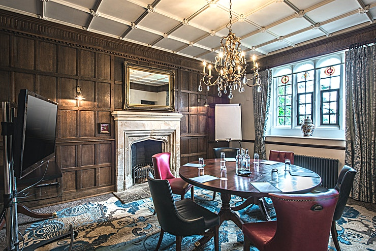 The Royalist **Book The Royalist at Ellenborough Park for a luxurious room with stunning views.**  The wooden panelled walls of The Royalist evoke feelings of grandeur that are commonplace in Ellenborough Park.