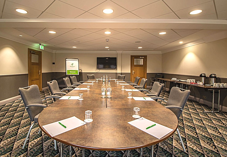 Knighton Suite **The Knighton Suite at Holiday Inn Leicester Wigston is a state-of-the-art meeting room for hire in Leicester.**