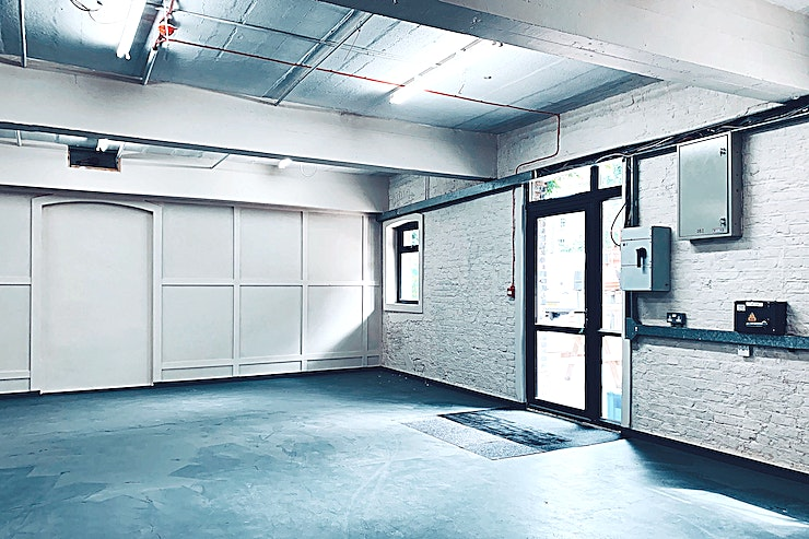 Ground Floor **The Ground Floor at Vincent's Yard is a versatile warehouse Space for hire in Stockwell.**   The ground floor has been split into two bright warehouse rooms a blank canvas for any function with access to its own bathroom facilities. Both floors have access to the courtyard.
