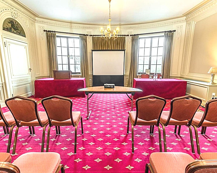 Handley Page Room **The Handley Page Room at No.4 Hamilton Place is a multi-functional event Space for hire in Mayfair.**