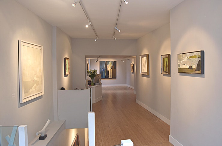 Gallery Space Cadogan Contemporary London is an inspiring venue for hire for an event. Showcasing a range of artists and exhibitions, this is a creative backdrop for any occasion.