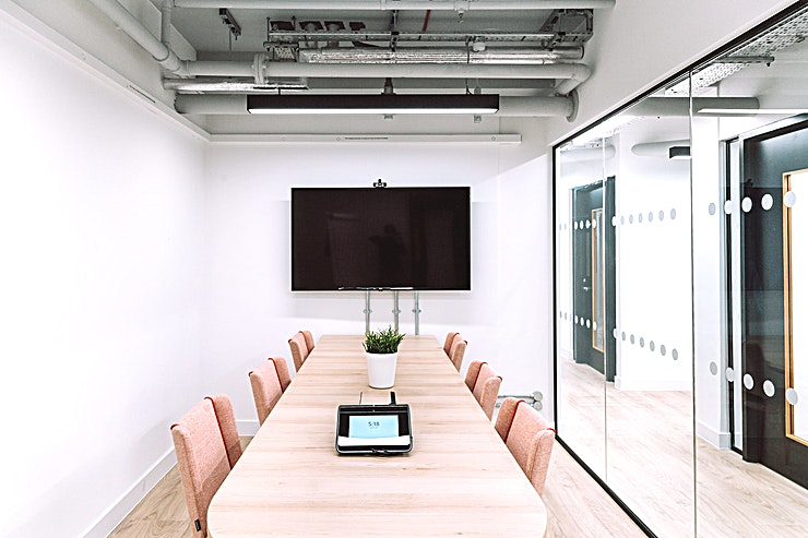 Alto **Looking for the perfect meeting room for your team?** 