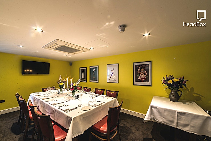 Day Hire, Private Room A stunning private room available for up to 14 guests. The room is completely private from the rest of the restaurant and feels larger than it is due to the mirrors along one of the walls. The room ha