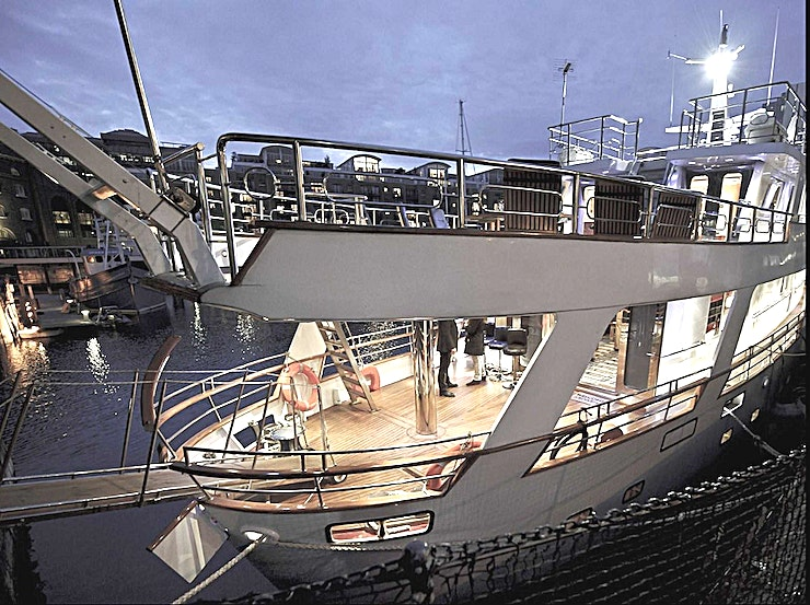 Leisure Decks Absolute Pleasure Yacht is operated as a 5 star hotel, all the luxuries you would expect plus the added extra of your own private space. We provide fresh linen, clean towels & bathrobes, bottled water and toiletries.   