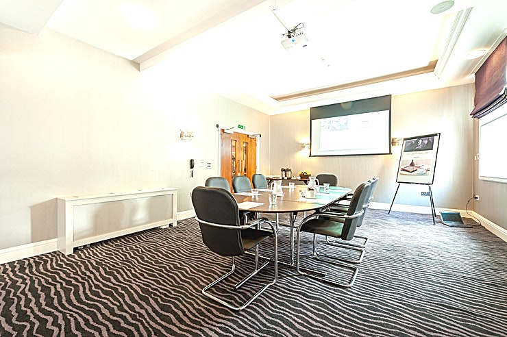 Charles Suite **The Charles Suite is an ideal room for small meetings and events.** 