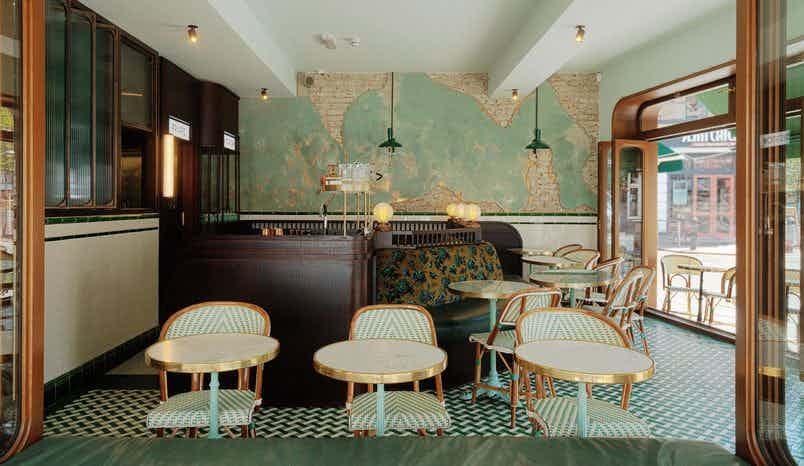 Entire Venue, Wun's Tea Room