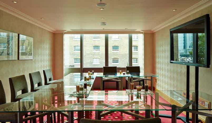 Teak Room, London Marriott Hotel Canary Wharf