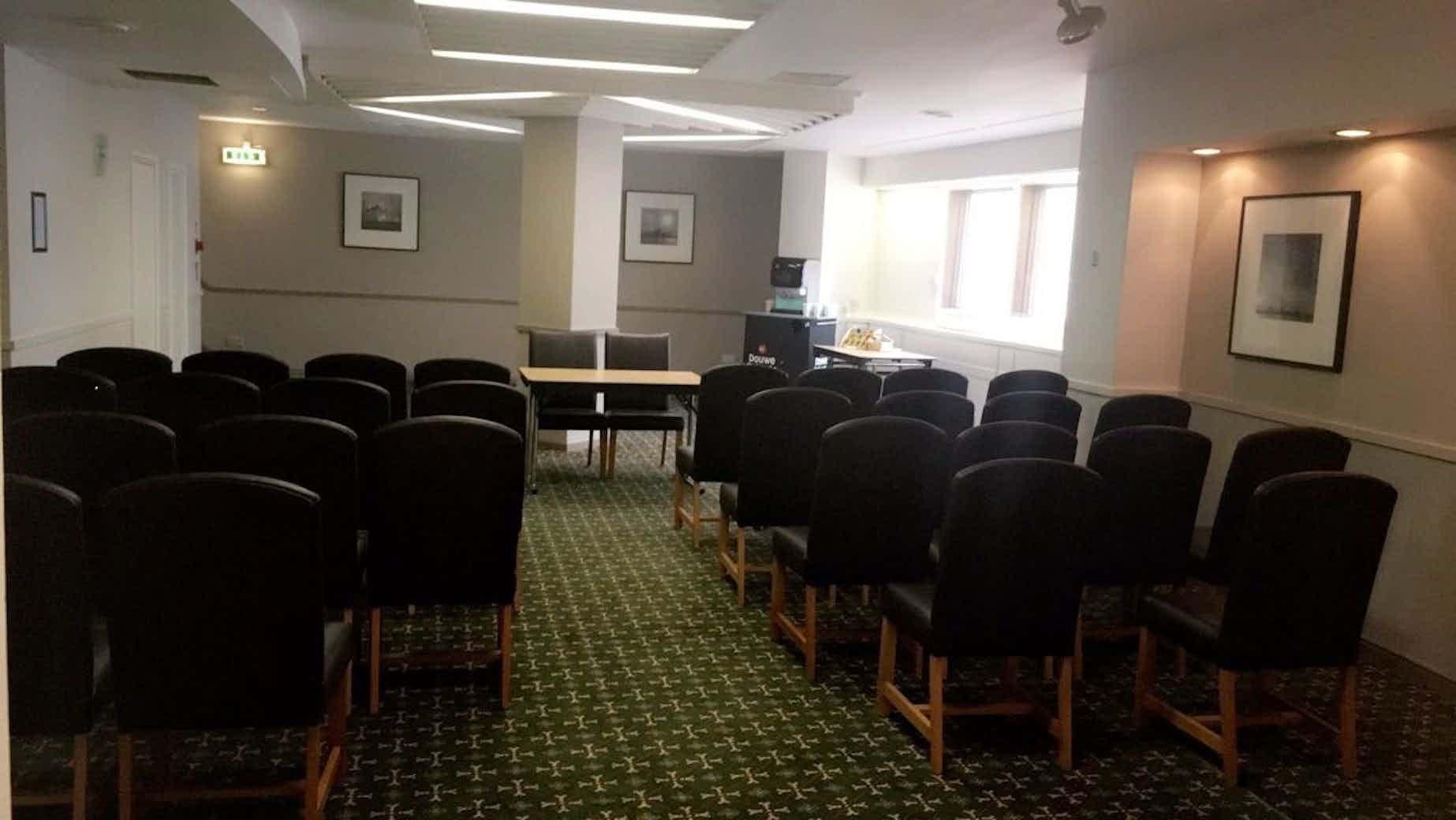Royal Suite, Mercure Liverpool Atlantic Tower Hotel