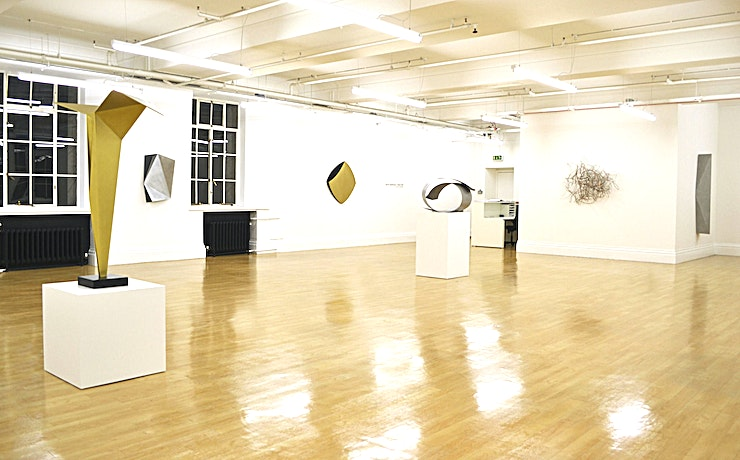 Gallery **WE COLLECT gallery is located in the heart of London.**   This spacious art gallery exposes different artists each month and is an ideal Space for any kind of event.  The gallery is only availab