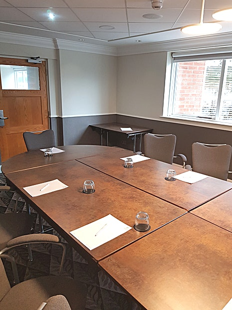 Leicester Suite **The Leicester Suite at Holiday Inn Leicester Wigston is a modern, state-of-the-art meeting room for hire in Leicester.**