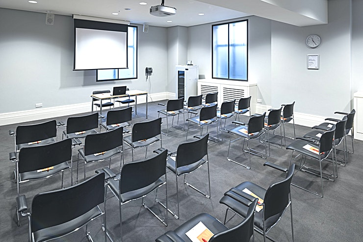 Dale Room **The Dale Room is a calm and relaxing Space. With plenty of natural daylight and an unfussy décor, it's a popular room for smaller events.**  Whether you're having a board meeting or running a workshop, we'll do everything we can to help you make it a success.