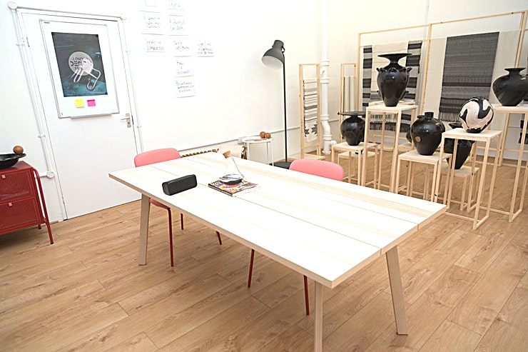 Project Space **This portrait studio (40sq m) is available to hire for a full day (9 hours) or half-day (4 hours).**   It would be most suitable for team meetings, private events, talking-head style videos, workshops, portrait photography and rehearsals or study groups and castings.