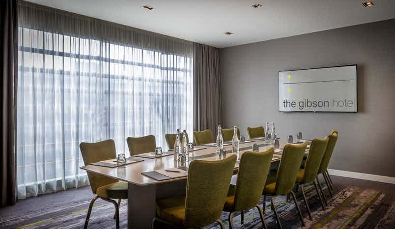 Broadcaster Boardroom, The Gibson